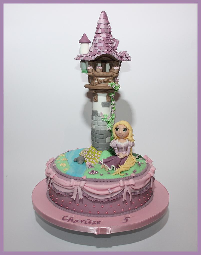 rapunzel turm torte mit rapunzel topper lealu sweets. Black Bedroom Furniture Sets. Home Design Ideas