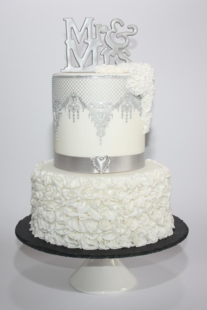 Hochzeitstorte Mr Mrs Lealu Sweets